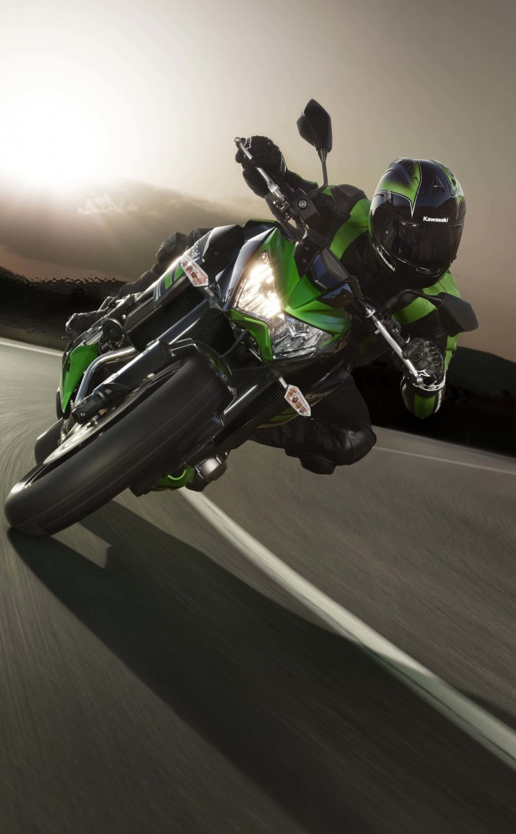 Kawasaki Ninja ZX-10R Wallpaper for Apple iPhone 4 / 4s