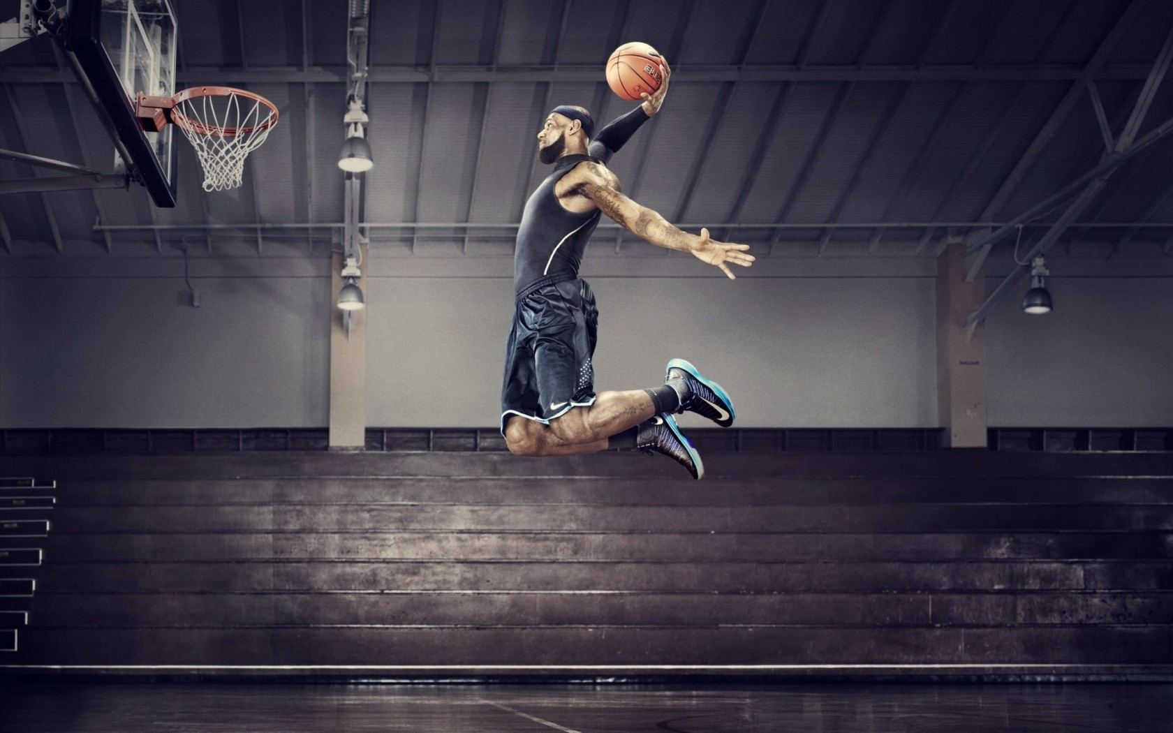 Lebron James Dunk Wallpaper for Desktop 1680x1050