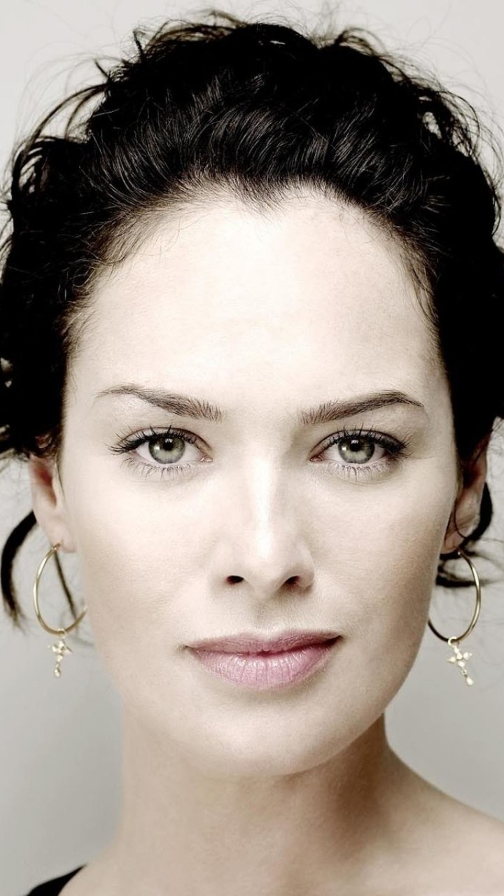 Lena Headey Portrait Wallpaper for Google Galaxy Nexus