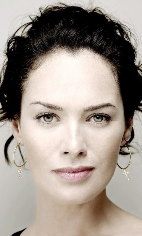 Lena Headey Portrait Wallpaper for SAMSUNG Galaxy S3 Mini