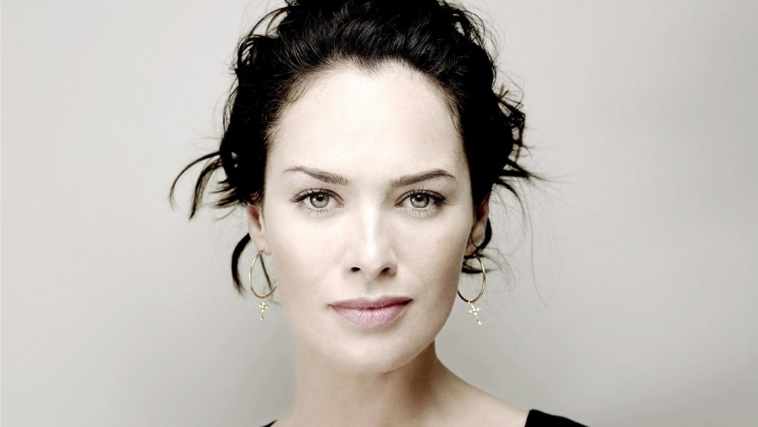 Lena Headey Portrait Wallpaper for Social Media Google Plus Cover