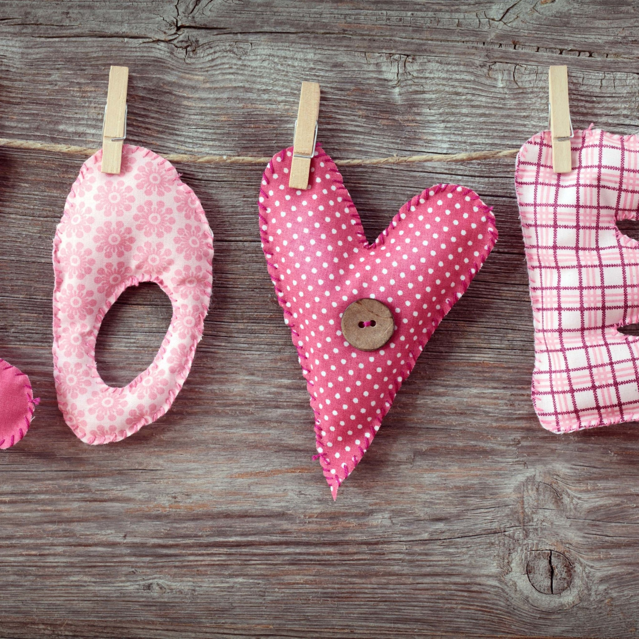 Love Letters Clothespin Wallpaper for Google Nexus 9