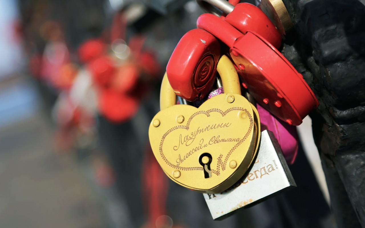 Love Lock Wallpaper for Desktop 1280x800