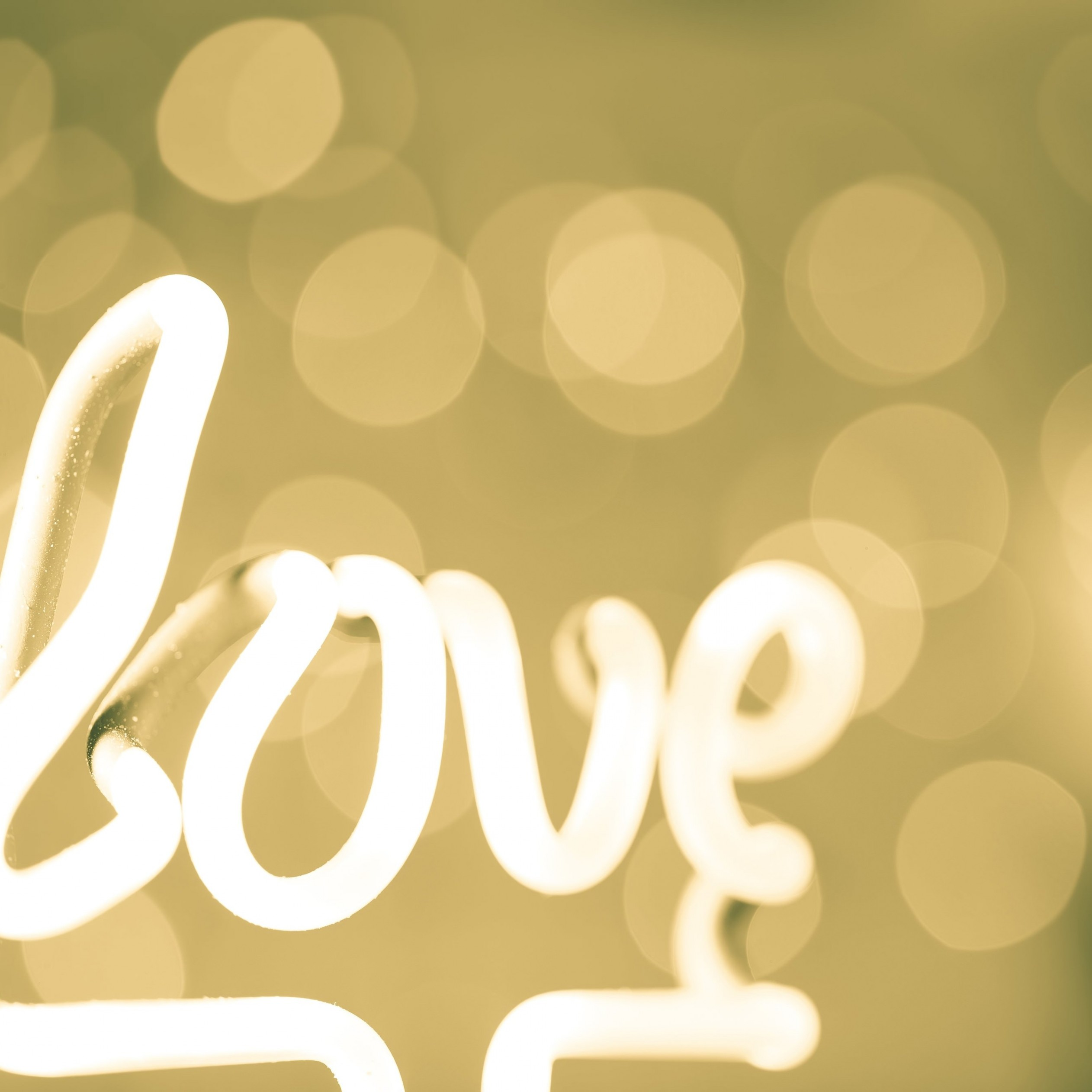Love Neon Light Typography Wallpaper for Apple iPad 3