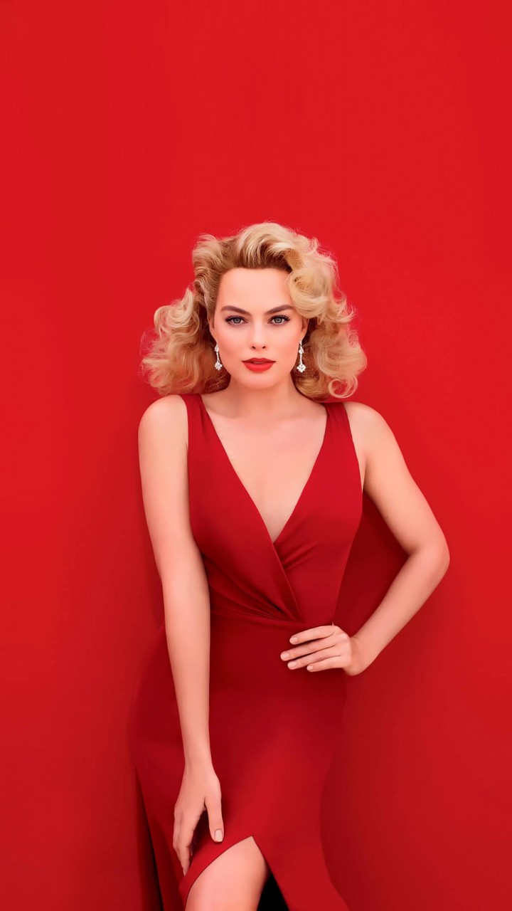 Margot Robbie In Red Wallpaper for Lenovo A6000