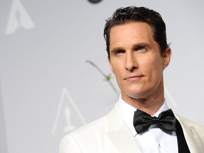 Matthew Mcconaughey in White Tuxedo Wallpaper for Desktop 800x600