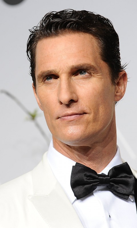 Matthew Mcconaughey in White Tuxedo Wallpaper for HTC Desire HD