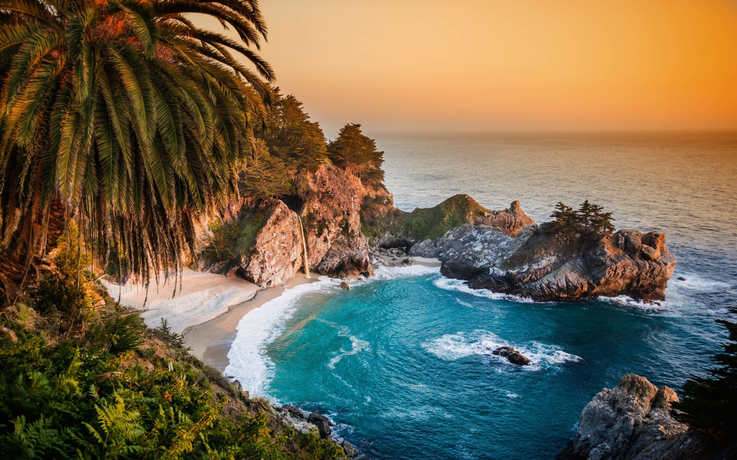 McWay Falls in Big Sur, California, USA Wallpaper for Desktop 2560x1600