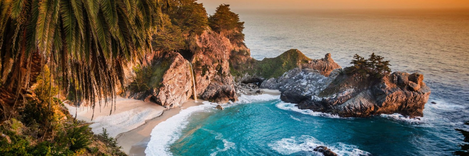 McWay Falls in Big Sur, California, USA Wallpaper for Social Media Twitter Header