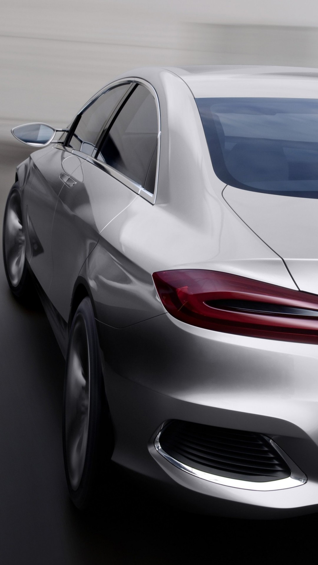 Mercedes Benz F800 Concept Rear View Wallpaper for HTC One