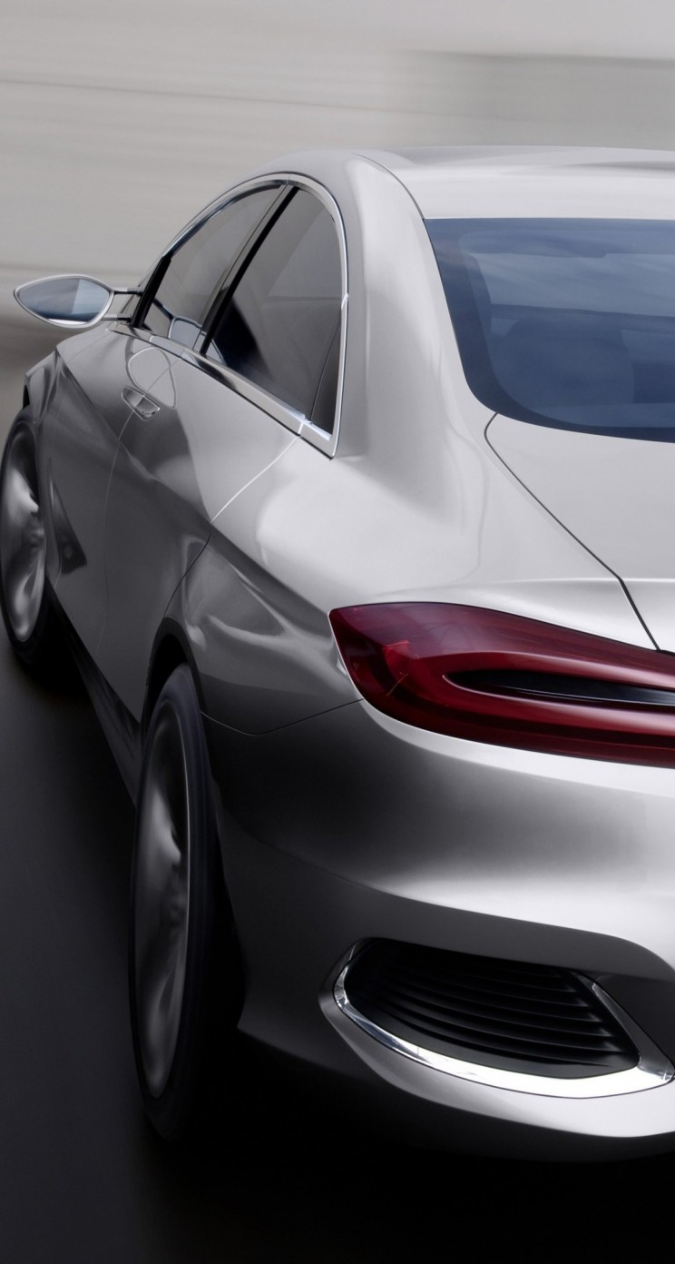 Mercedes Benz F800 Concept Rear View Wallpaper for Apple iPhone 5 / 5s