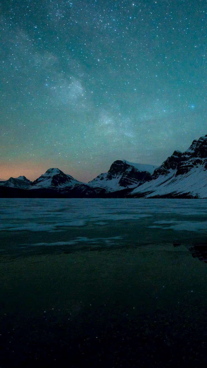 Milky Way over Bow Lake, Alberta, Canada Wallpaper for HTC One mini