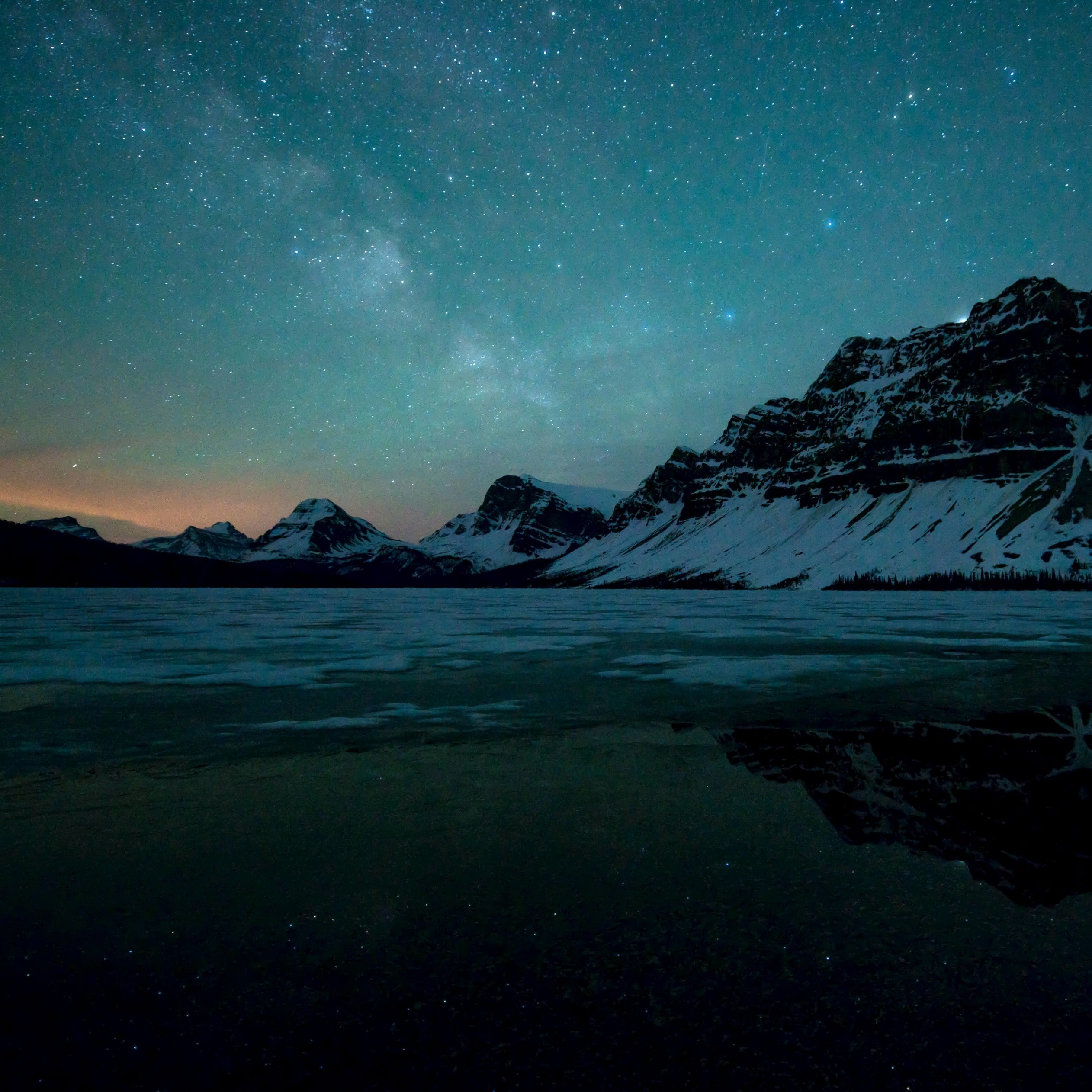 Milky Way over Bow Lake, Alberta, Canada Wallpaper for Apple iPad 3