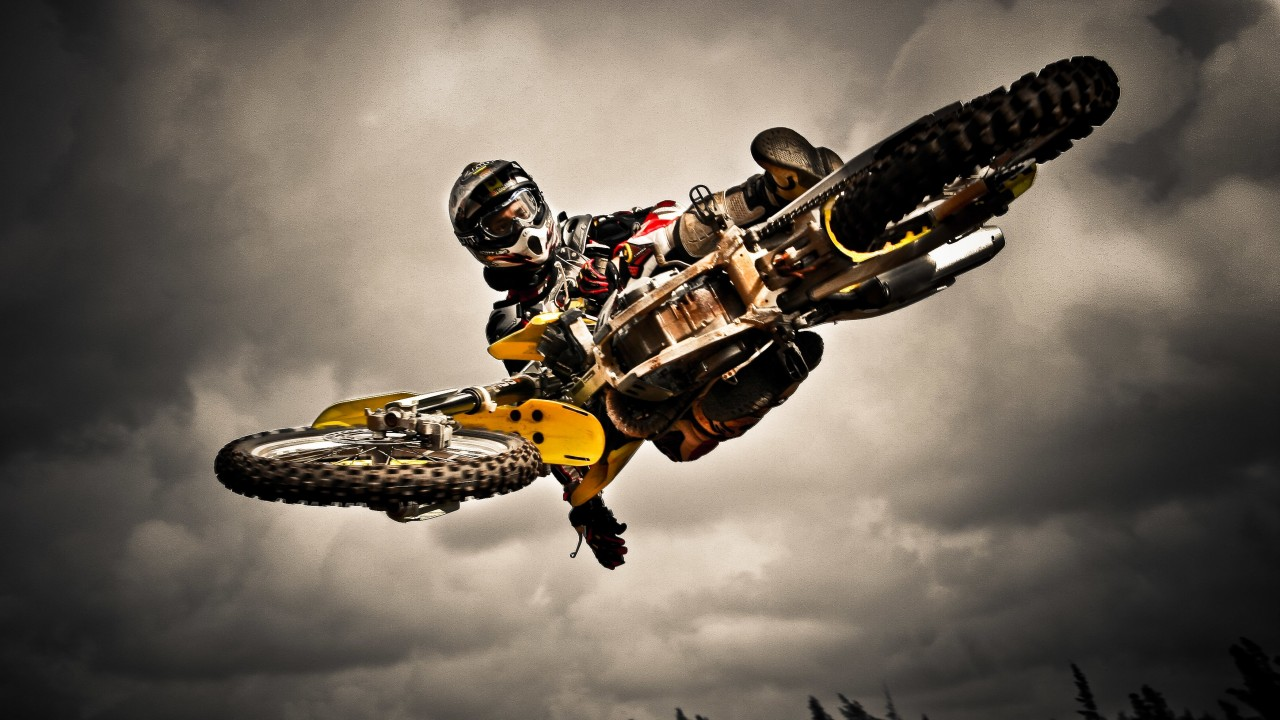Motocross Jump Wallpaper for Desktop 1280x720