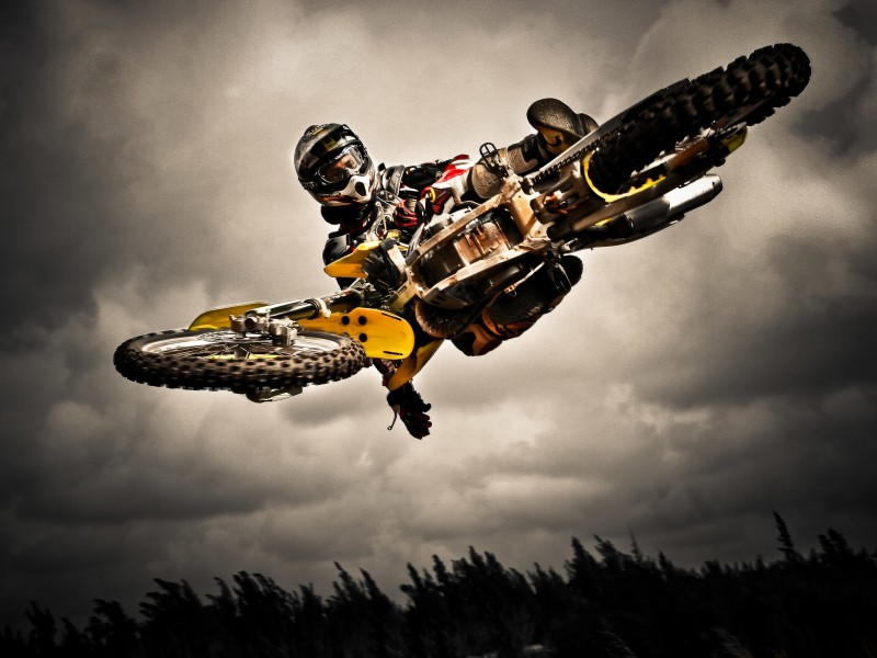 Motocross Jump Wallpaper for Desktop 800x600