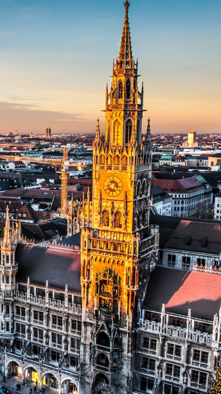 Munich Skyline Wallpaper for Motorola Moto G