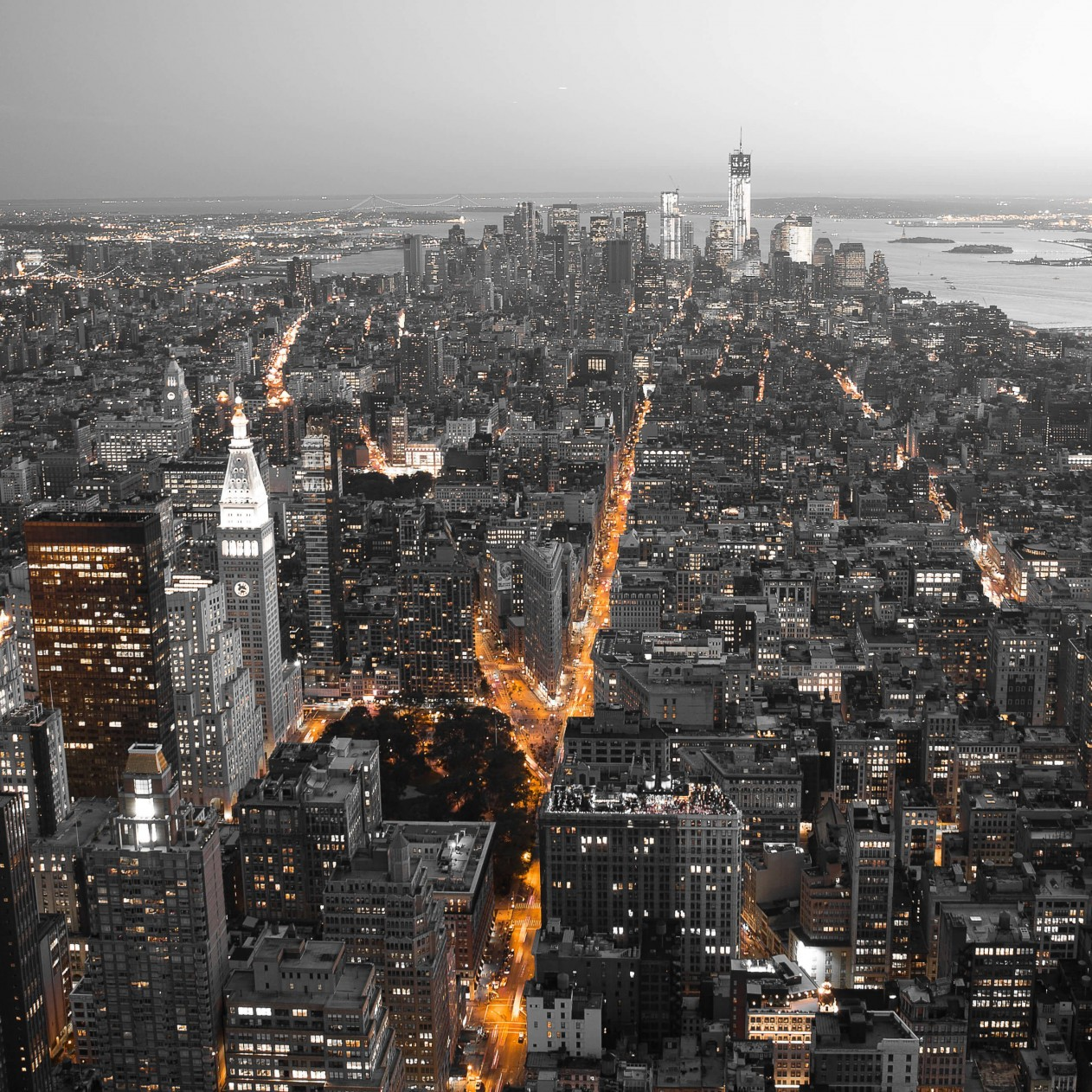 New York City by Night Wallpaper for Apple iPad mini