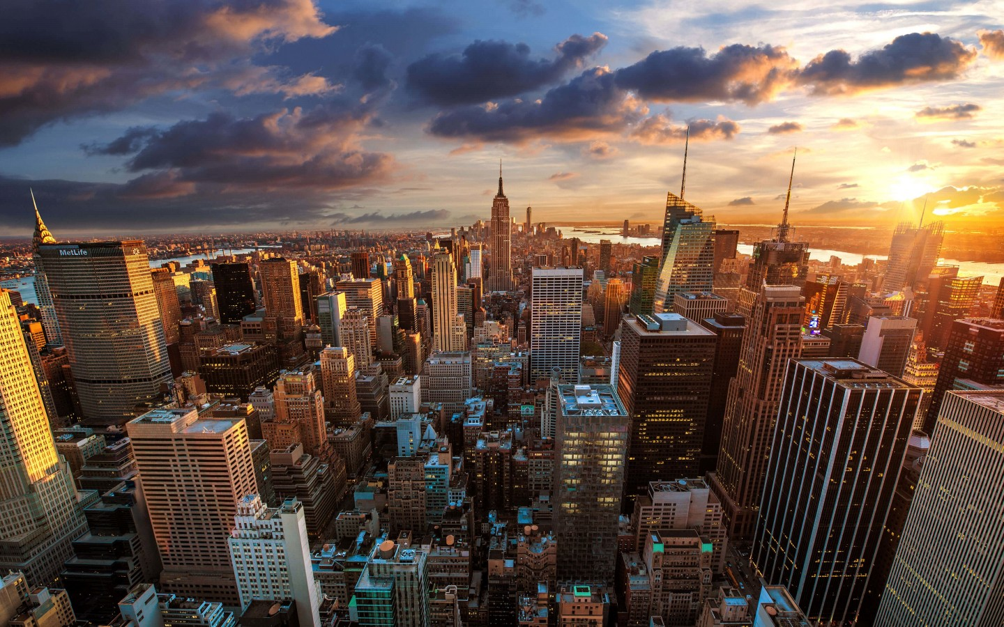 New York City Skyline At Sunset Wallpaper for Desktop 1440x900