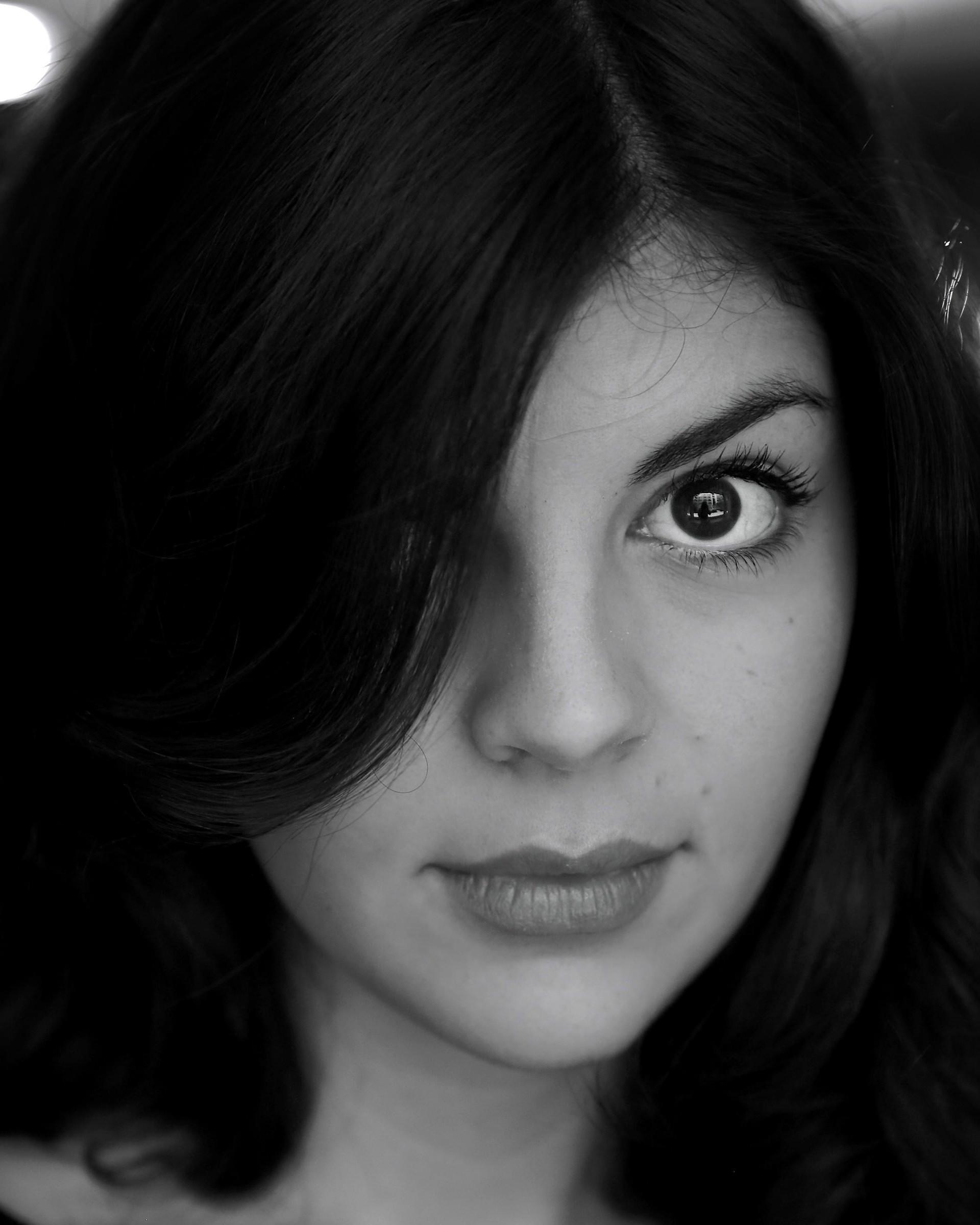 Hd wallpaper portrait - Download Nikki Yanofsky Black Amp White Portrait Hd
