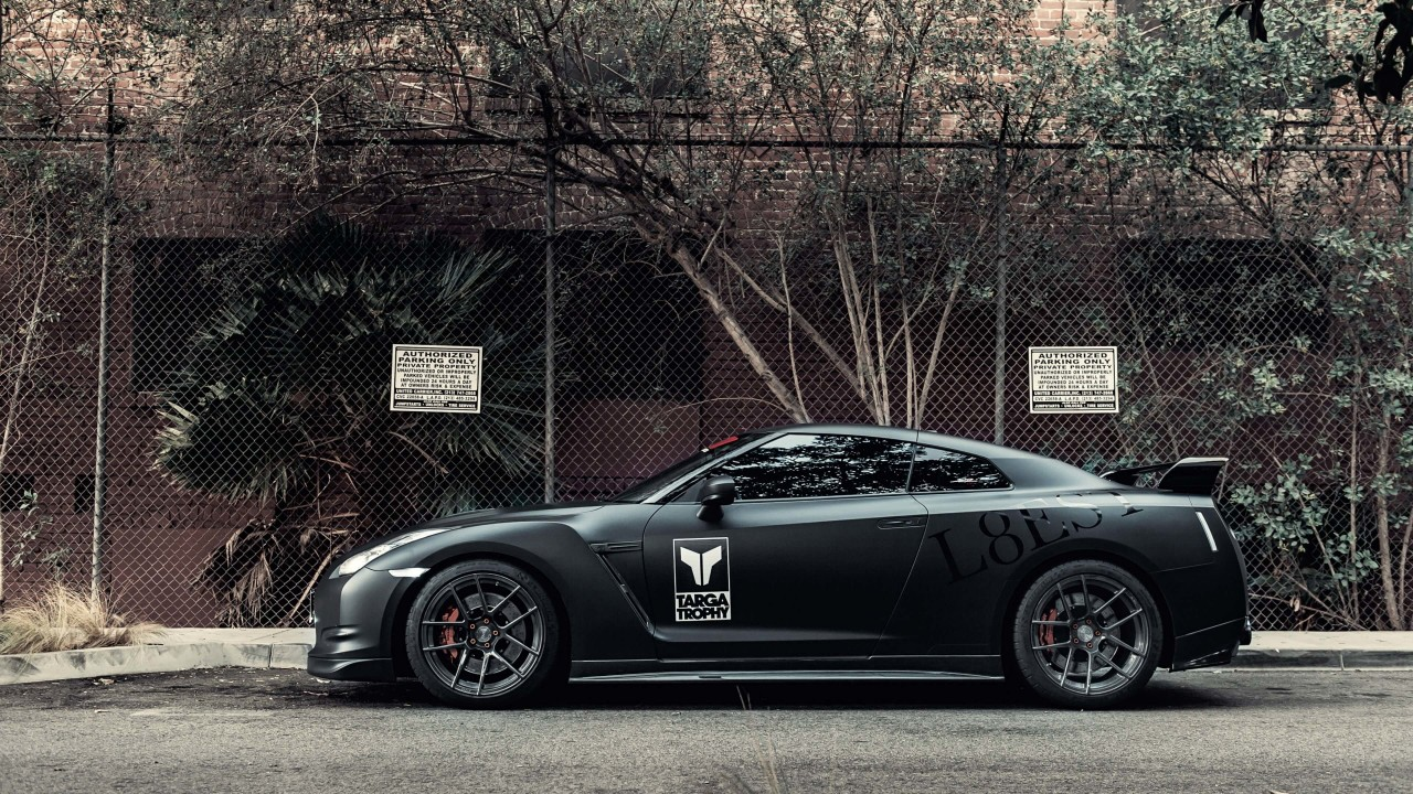 Nissan GT-R Black Edition Wallpaper for Desktop 1280x720