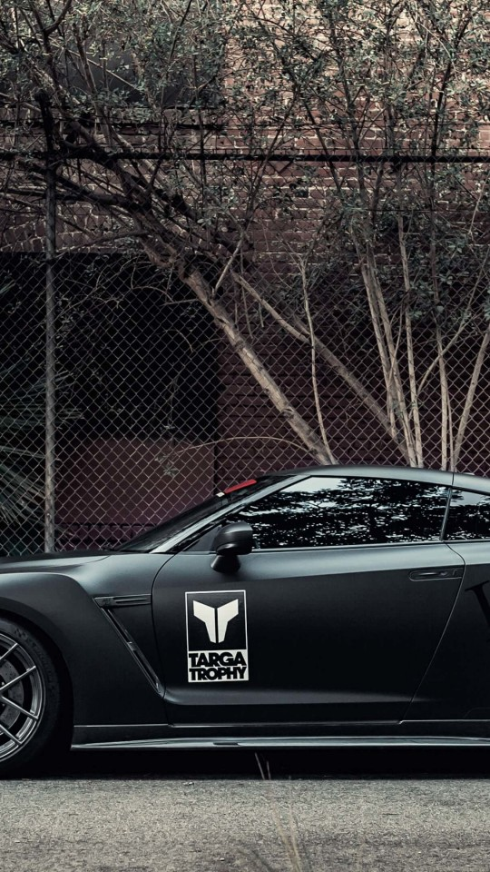 Nissan GT-R Black Edition Wallpaper for Motorola Moto E