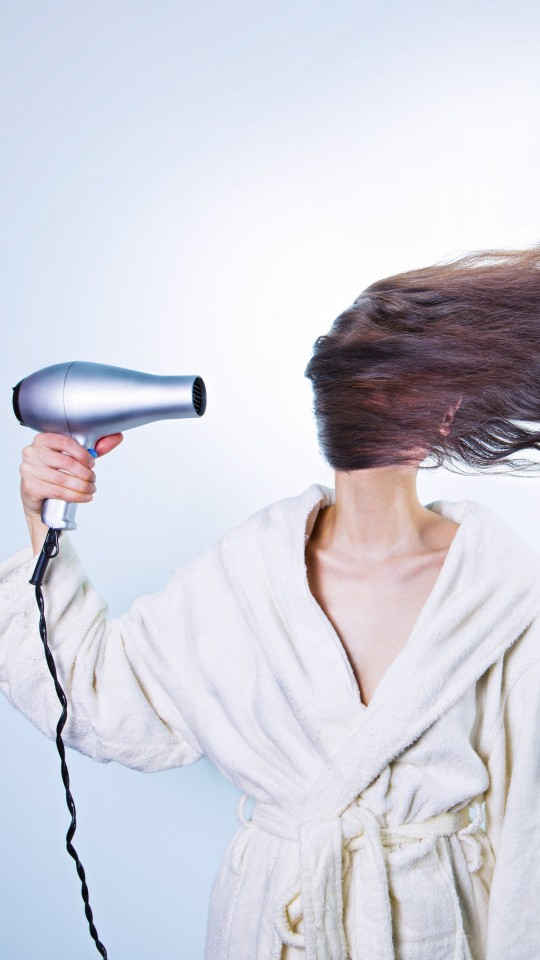 Powerful Hair Dryer Wallpaper for SAMSUNG Galaxy S4 Mini