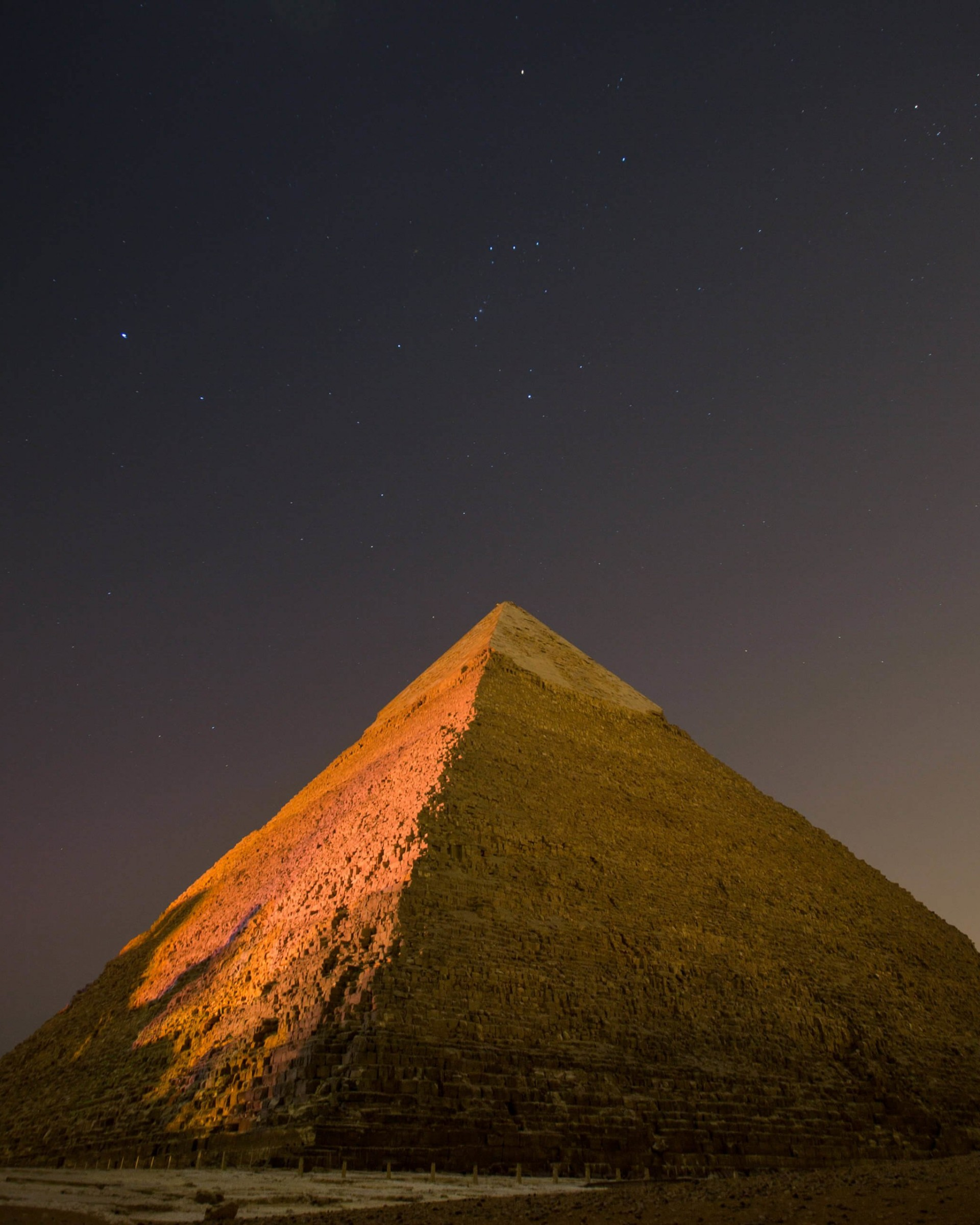 Download Pyramid By Night Hd Wallpaper For Nexus 7