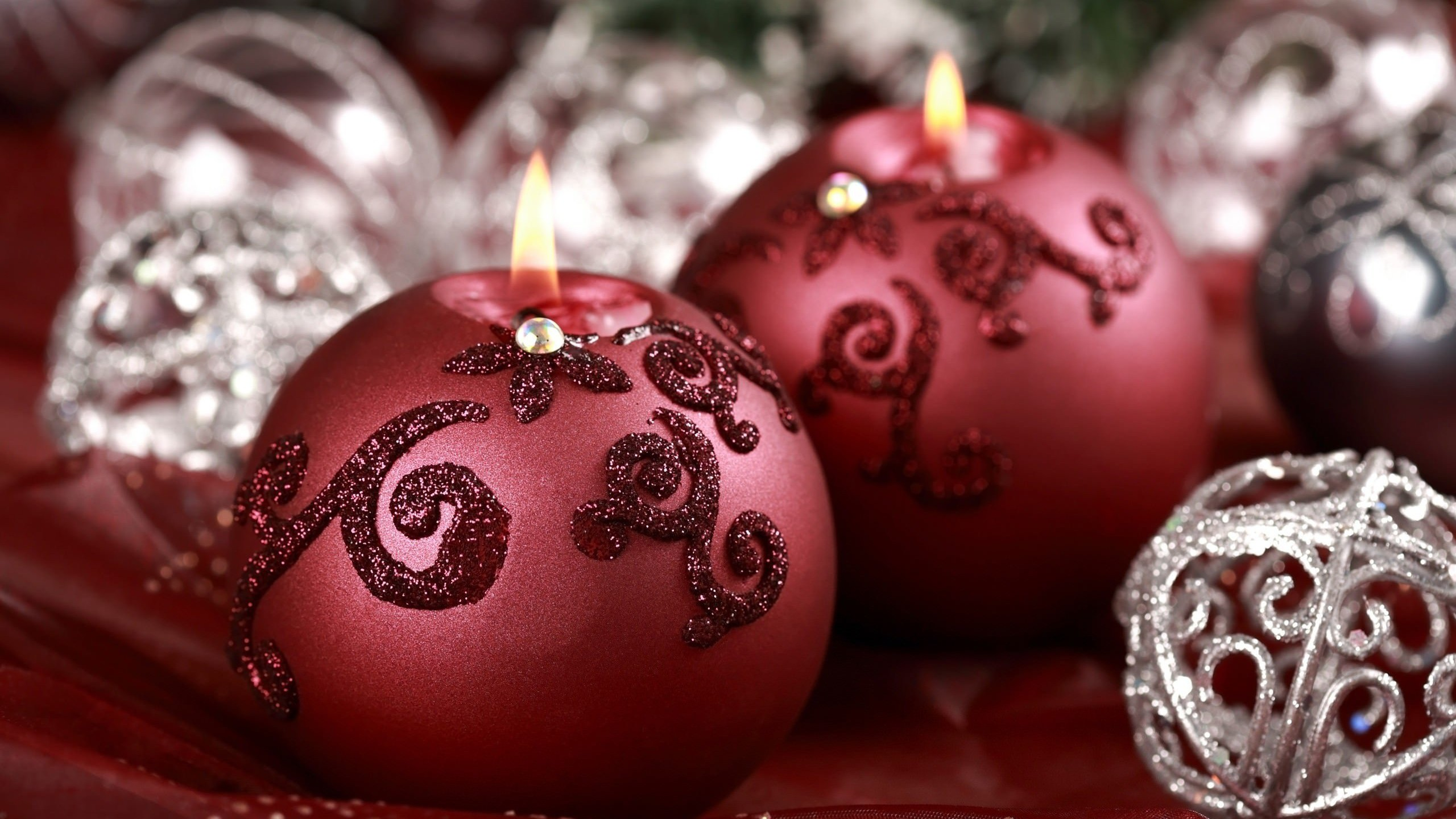 Red Christmas Ornament Ball Candles Wallpaper for Desktop 2560x1440