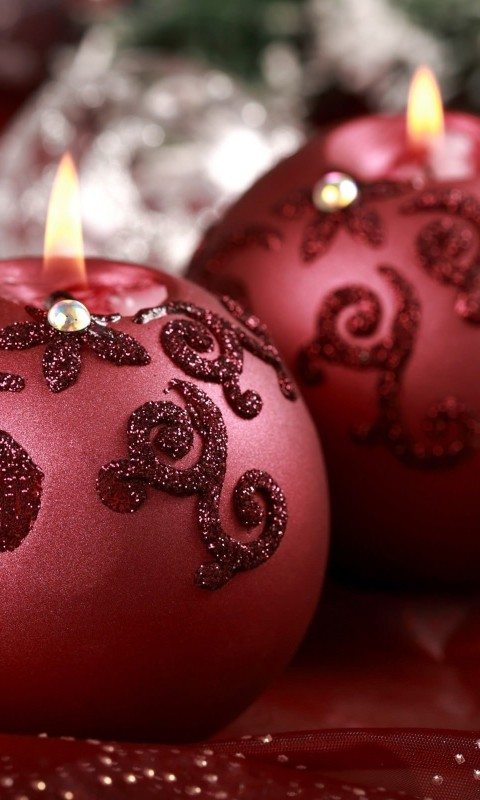 Red Christmas Ornament Ball Candles Wallpaper for HTC Desire HD