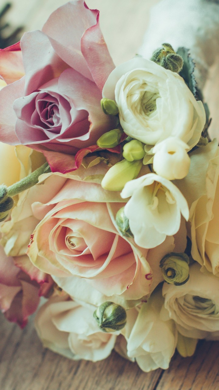 Roses Bouquet Composition Wallpaper for Lenovo A6000