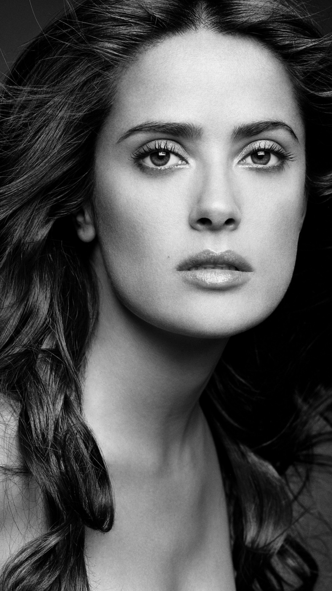 Salma Hayek Black & White Portrait Wallpaper for Motorola Moto X