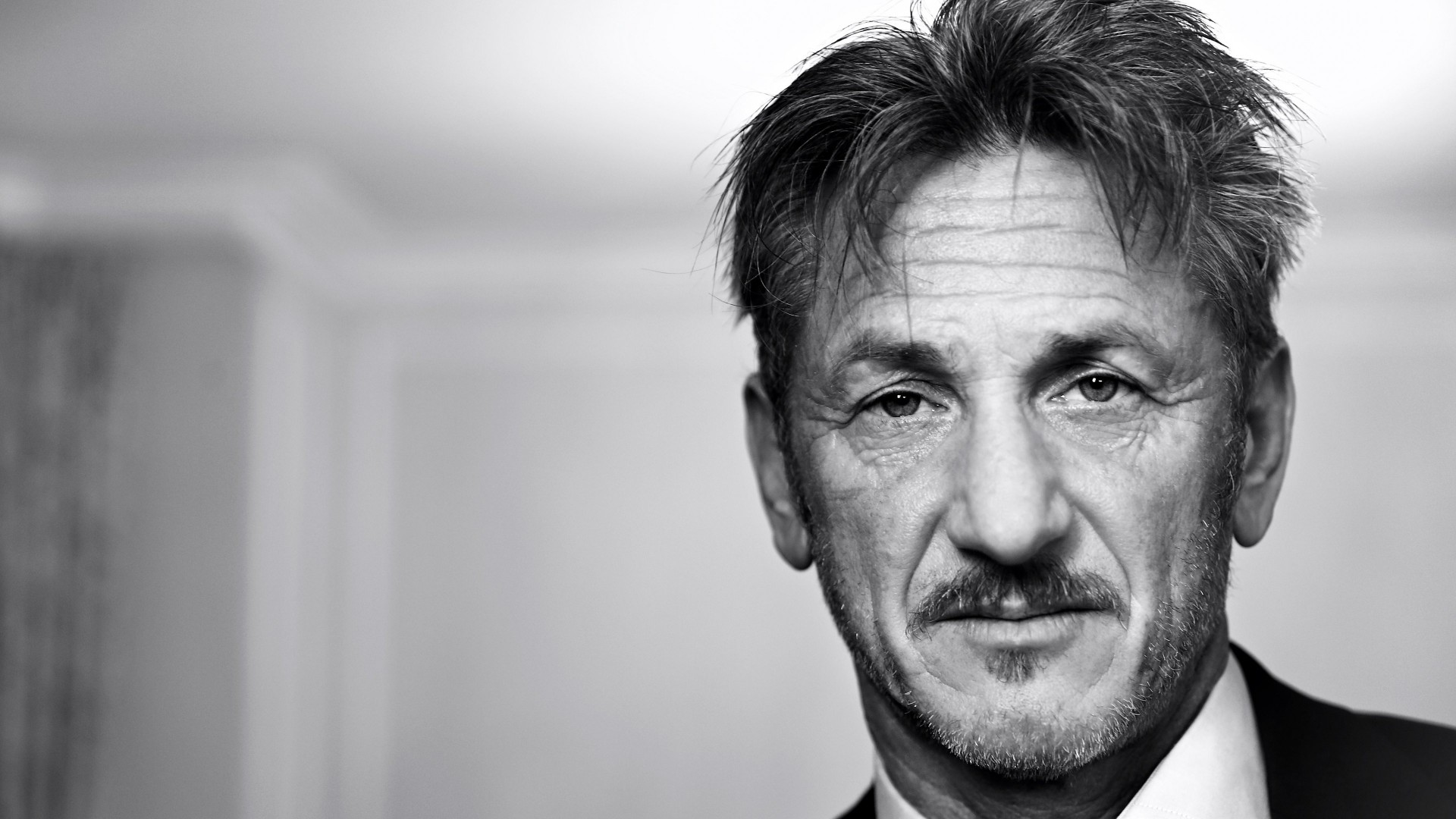 Sean Penn Portrait in Black & White Wallpaper for Desktop 1920x1080