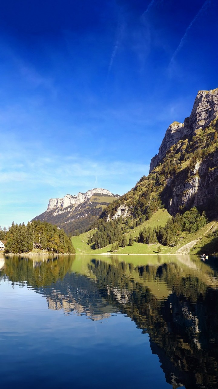 Seealpsee lake in Switzerland Wallpaper for Google Galaxy Nexus