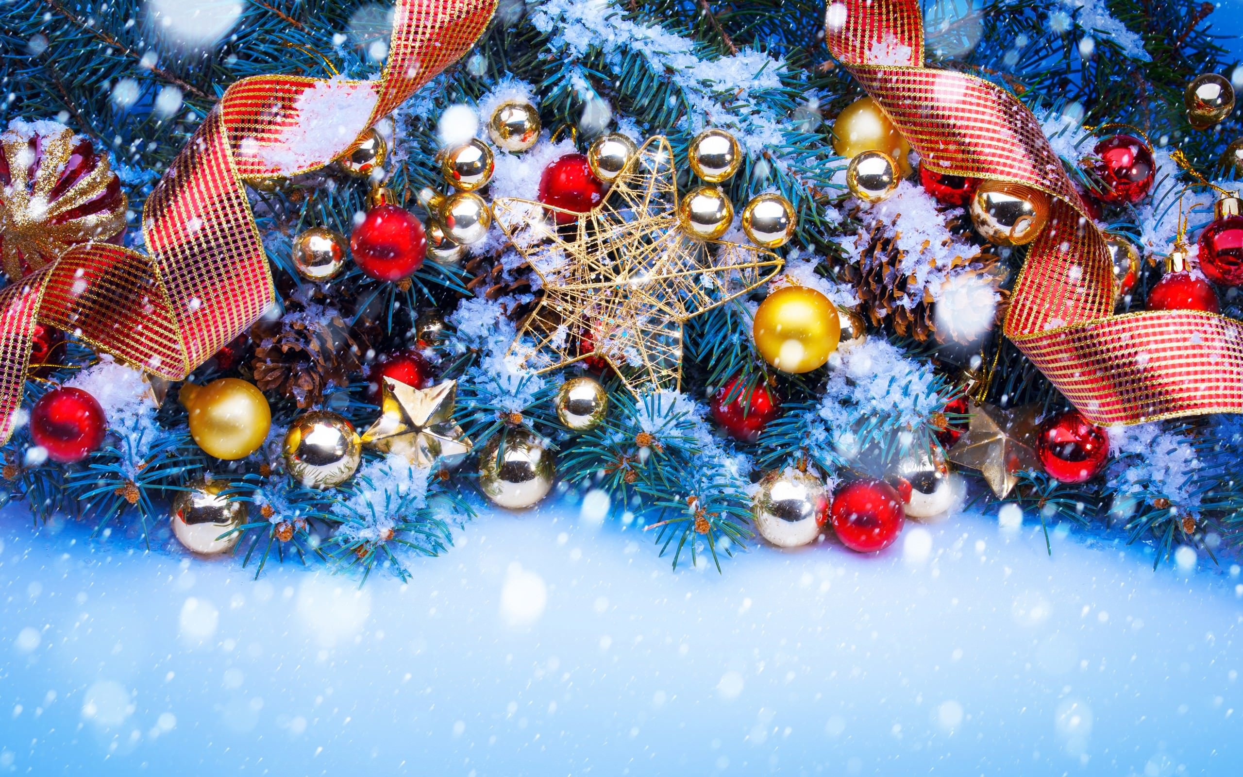 Shining Stars Christmas Ornaments and Decorations Wallpaper for Desktop 2560x1600