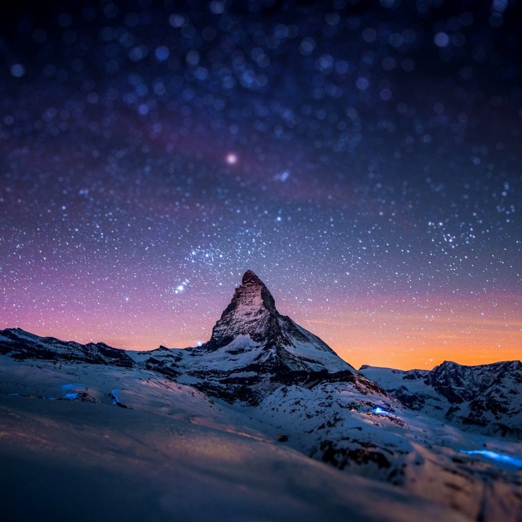 Starry Night Over The Matterhorn Wallpaper for Apple iPad 2