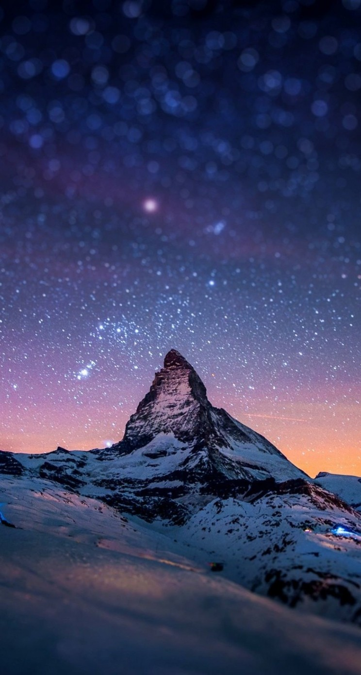 Starry Night Over The Matterhorn Wallpaper for Apple iPhone 5 / 5s