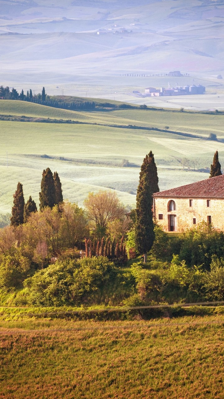 Summer in Tuscany, Italy Wallpaper for Motorola Droid Razr HD