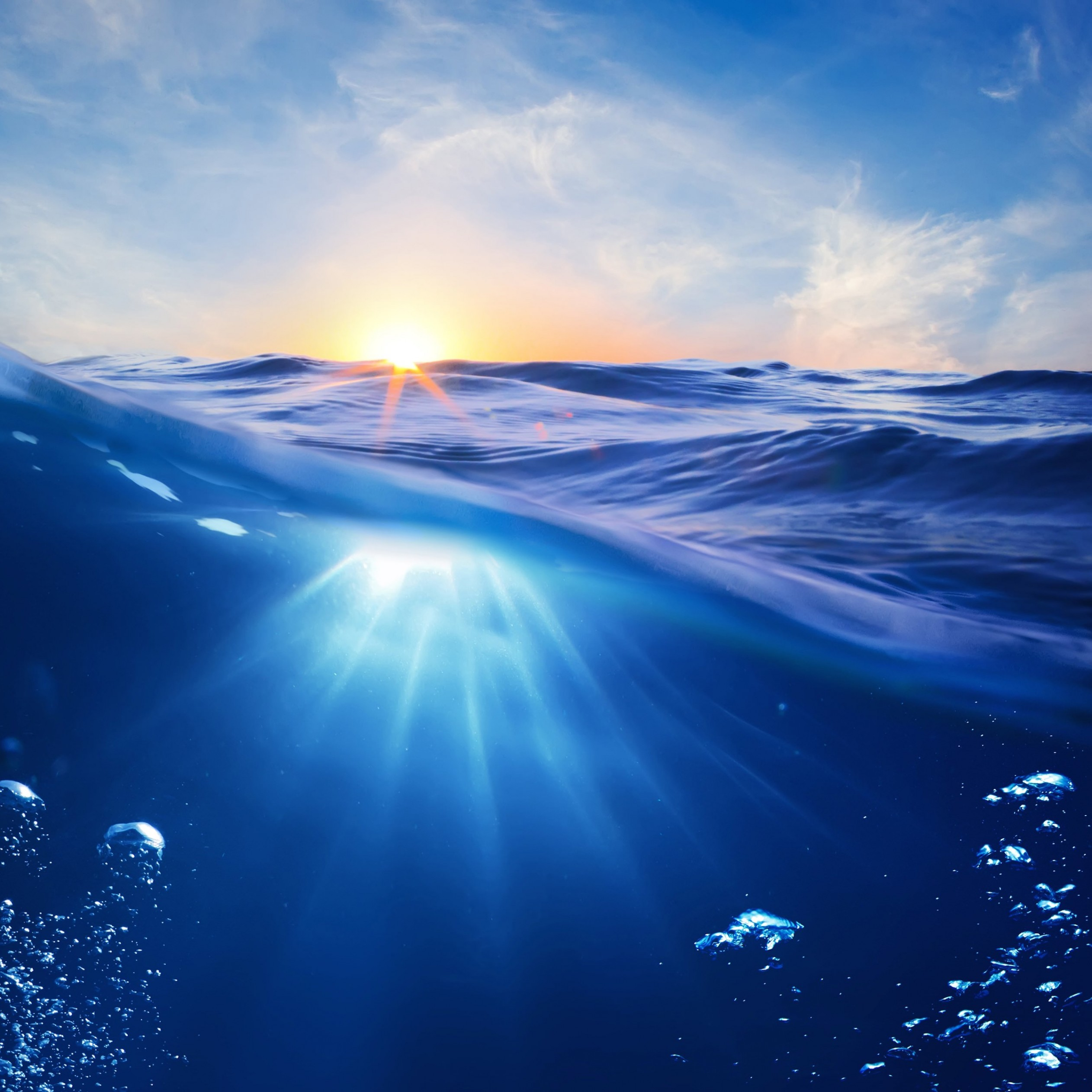 Sunrise Half Underwater Wallpaper for Apple iPad 4