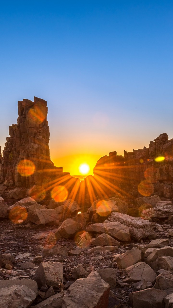 Sunrise Over Bombo Headland, Australia Wallpaper for Motorola Moto G