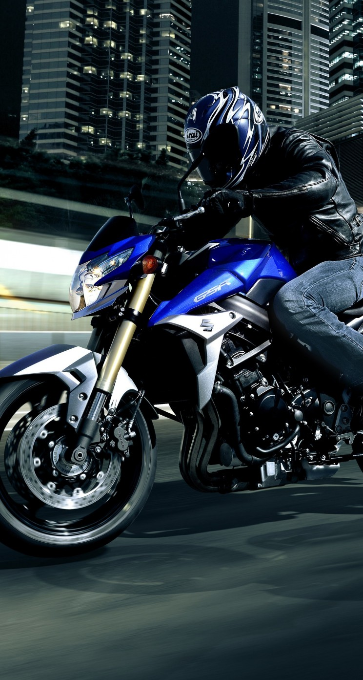 Suzuki GSX-R750 Wallpaper for Apple iPhone 5 / 5s