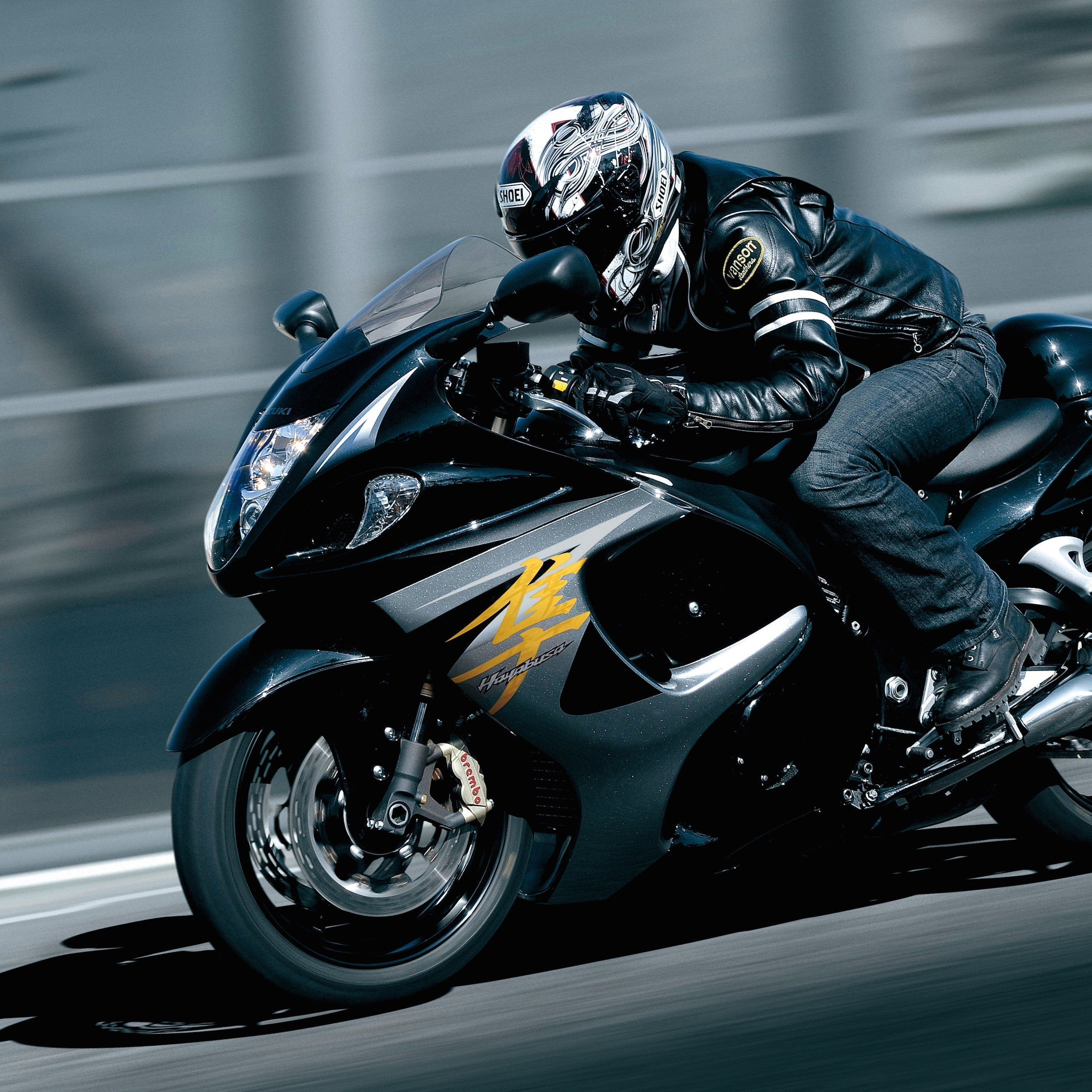 Suzuki Hayabusa GSX 1300R Wallpaper for Apple iPhone 6 Plus