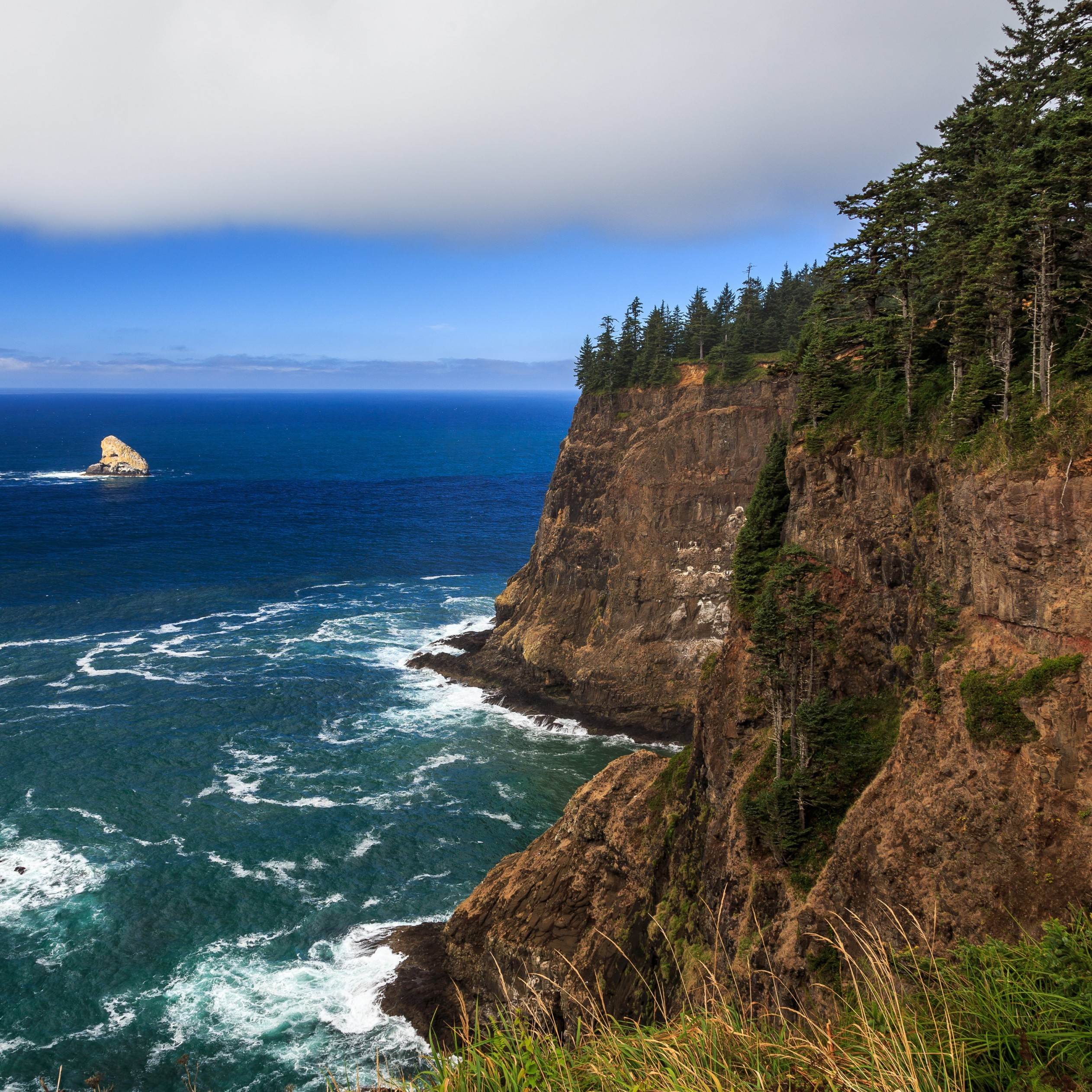 The Left Edge, Cape Lookout, Oregon Wallpaper for Apple iPad 4