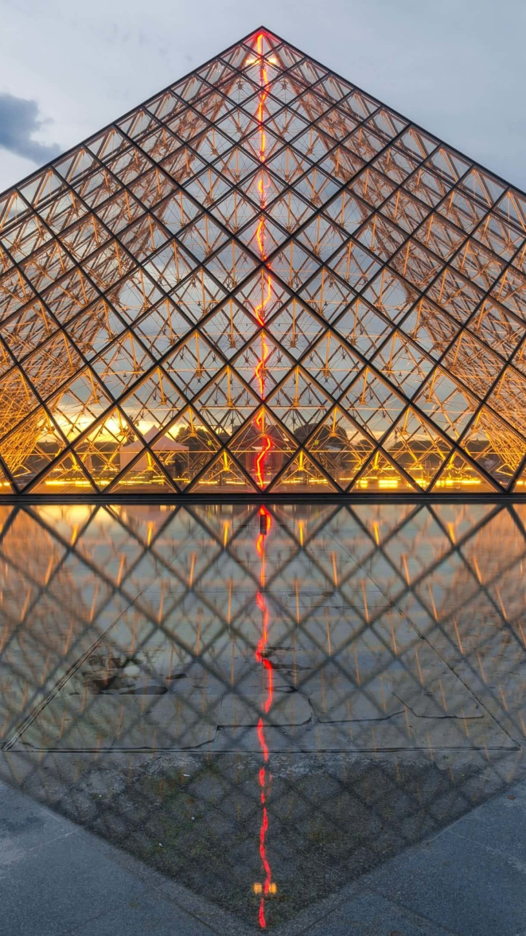 The Louvre Wallpaper for SAMSUNG Galaxy S4