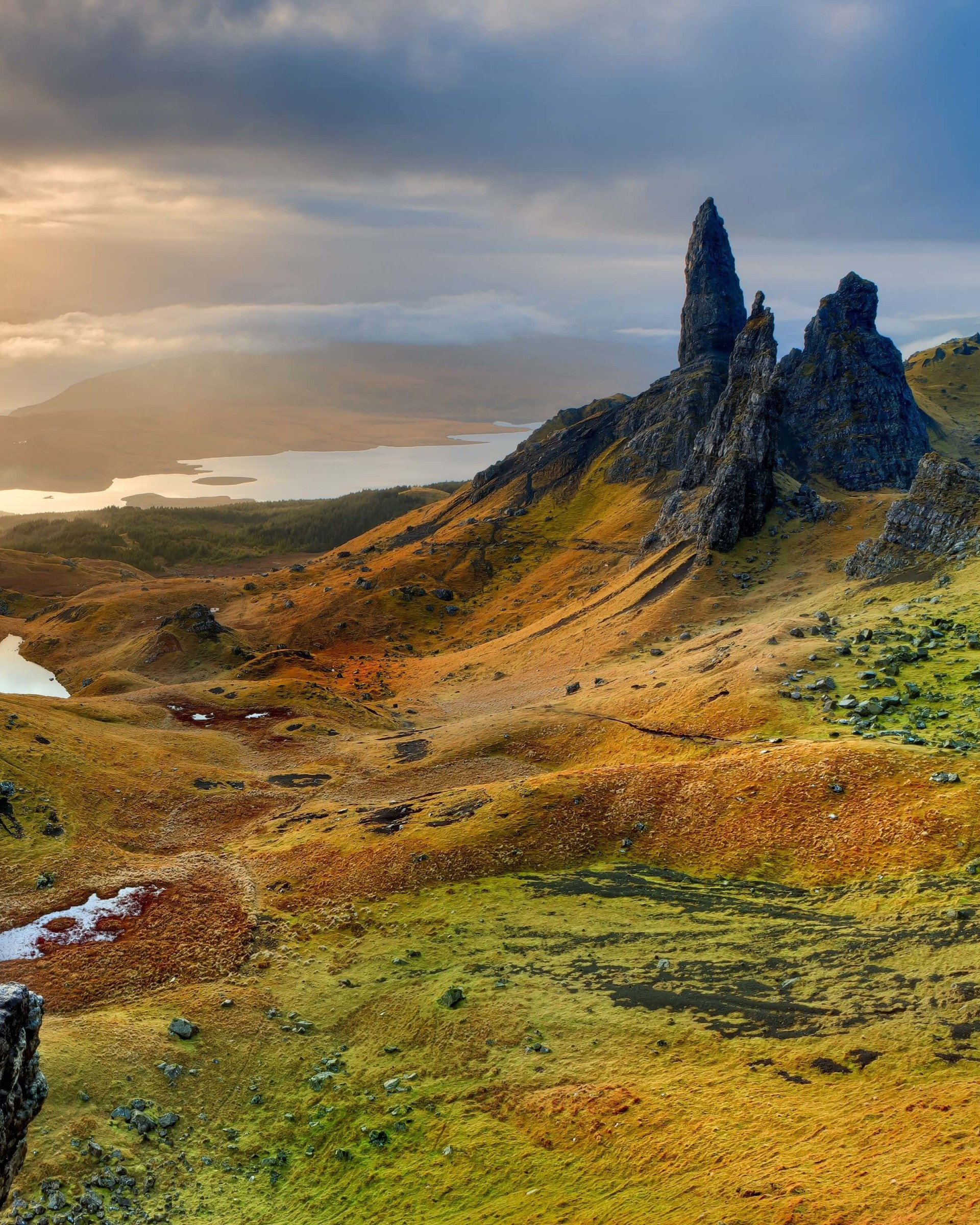 The Old Man of Storr, Isle of Skye, Scotland Wallpaper for Google Nexus 7