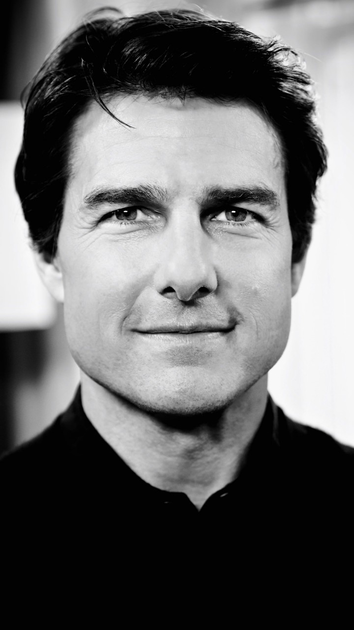 Tom Cruise Black & White Portrait Wallpaper for SAMSUNG Galaxy Note 2