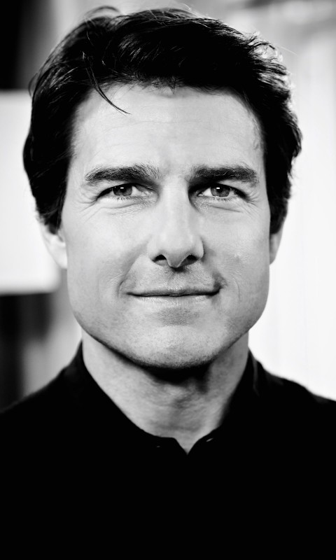 Tom Cruise Black & White Portrait Wallpaper for SAMSUNG Galaxy S3 Mini