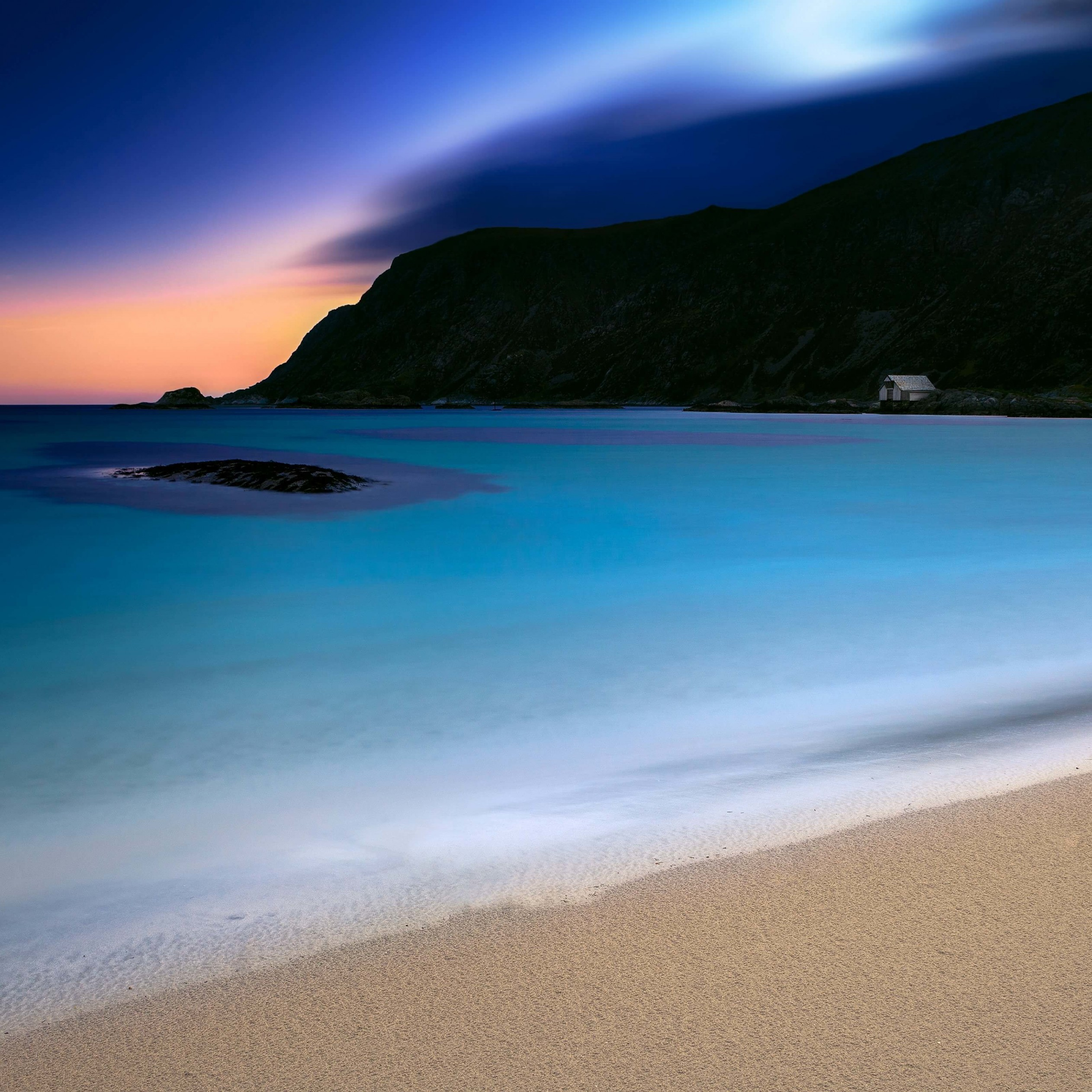 Turquoise Night Wallpaper for Apple iPad 4