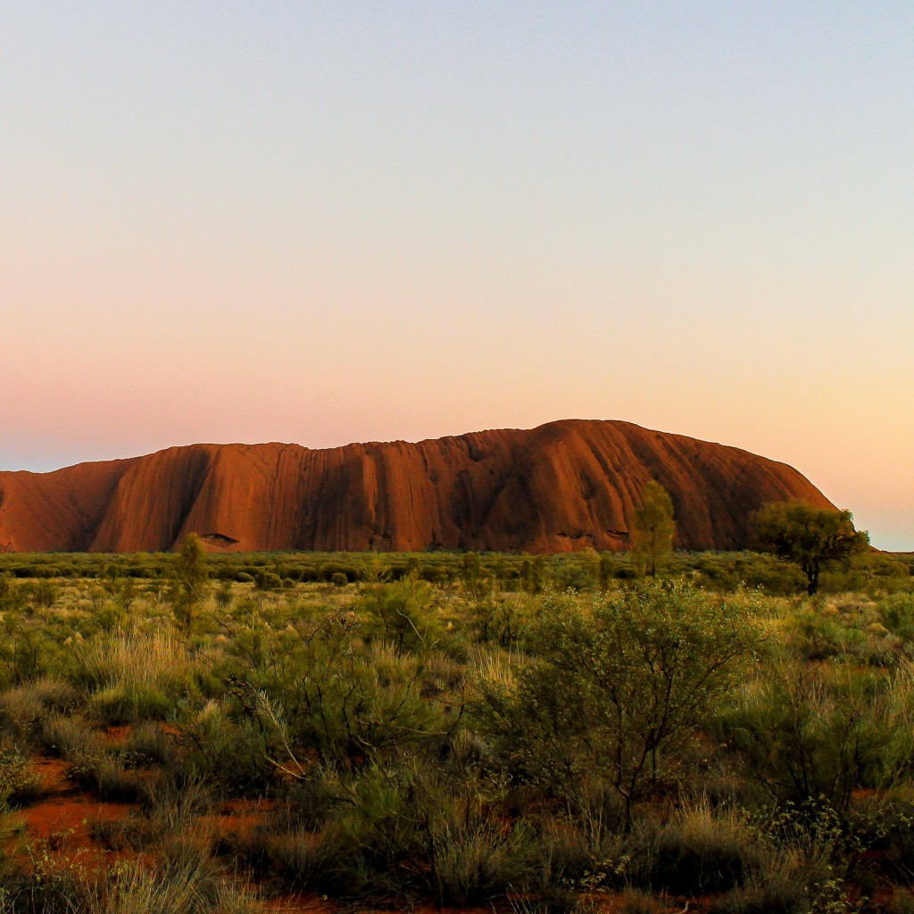 Uluru Sunrise Wallpaper for Apple iPad