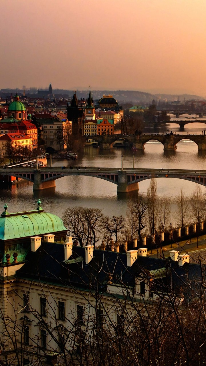 Vltava River in Prague Wallpaper for Google Galaxy Nexus