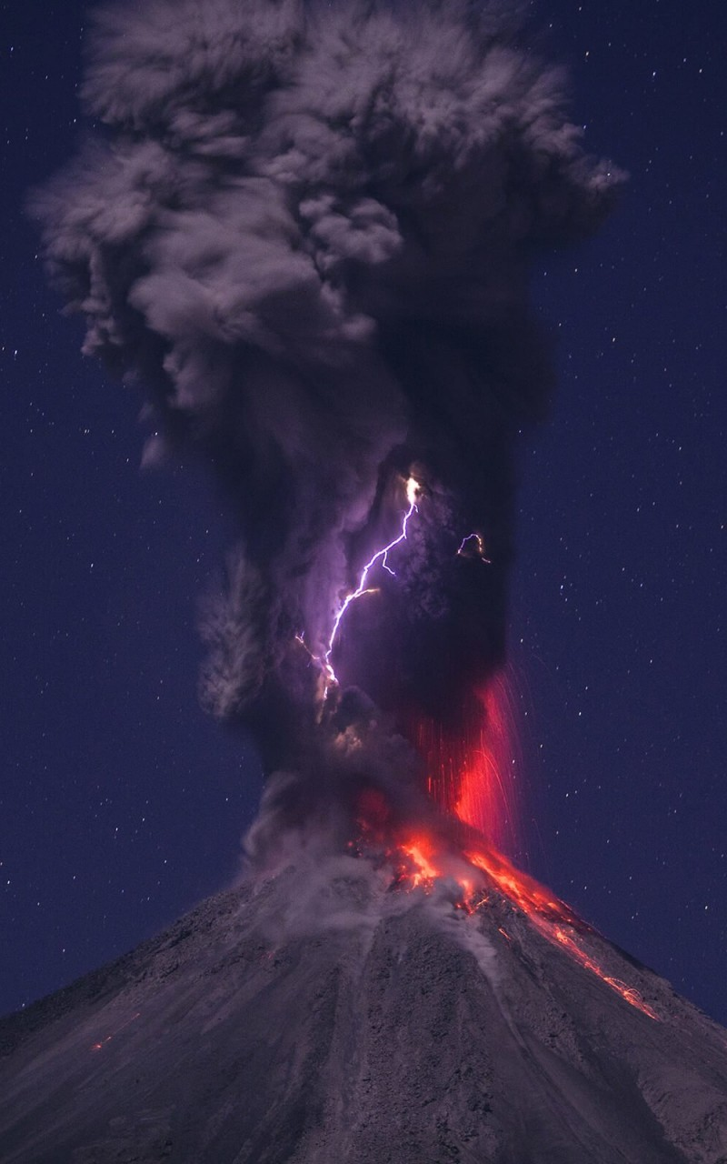 Volcanic Lightning Wallpaper for Amazon Kindle Fire HD